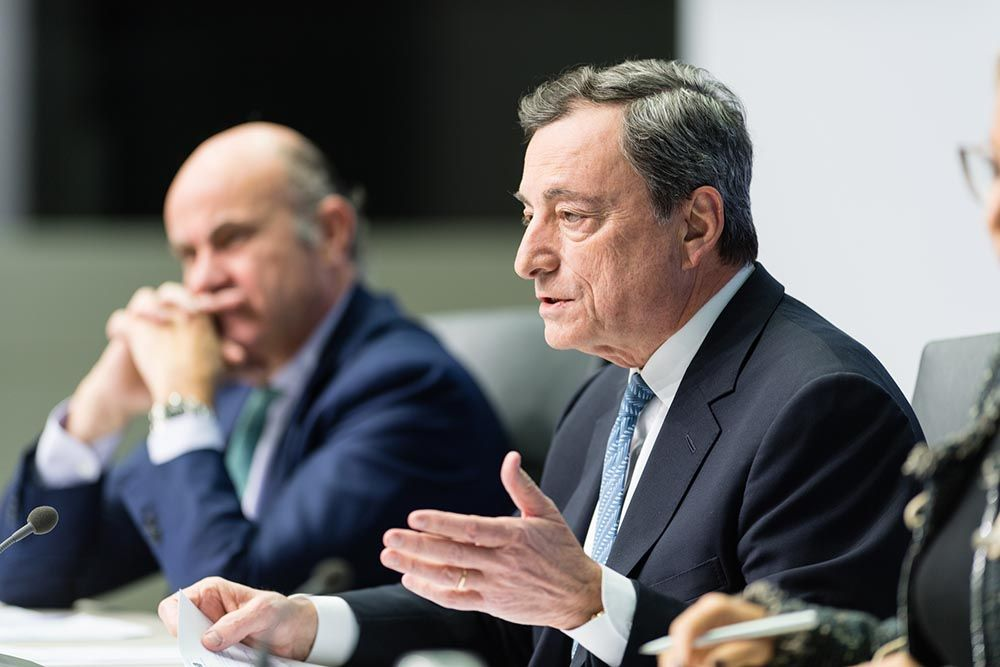 Euro eyes ECB's Draghi assessment of the EZ economy this week